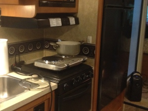 Note my electric hot plate and small air filter.  Flown across teh country for RV adaption.